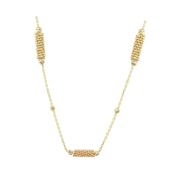 Side View Of Cali Isla Cluster 18ct Gold Pendant Necklace