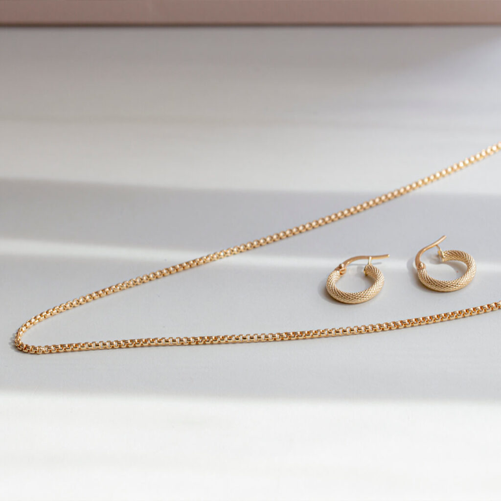 Types of Gold Chain Necklaces Designs for Women